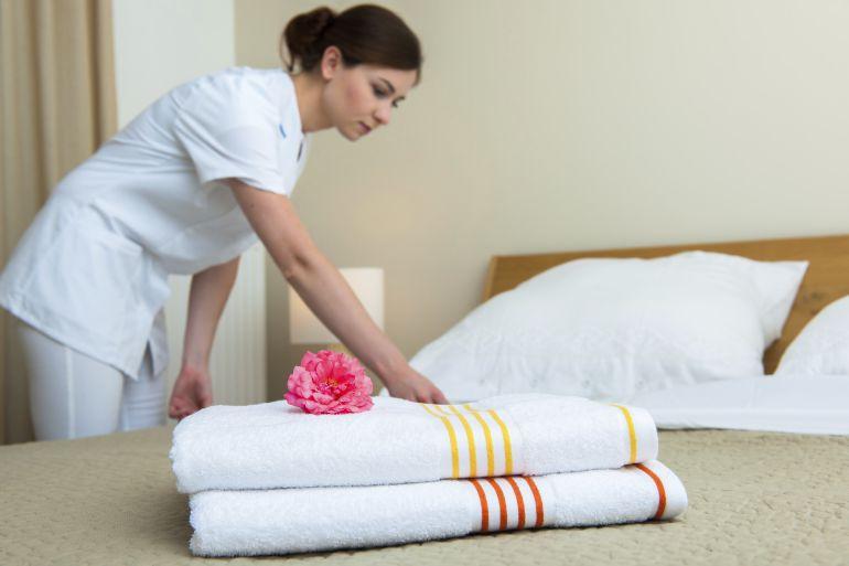 El síndrome del túnel carpiano queda reconocido por la Seguridad Social como enfermedad profesional de las camareras de piso.